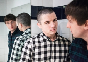 Jody Latham and Liam Boyle in MIRRORS